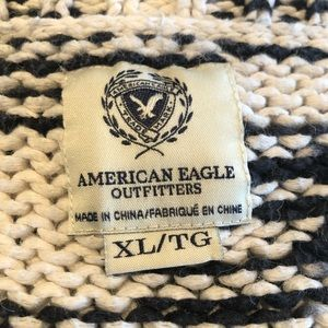 American Eagle Outfitters Sweaters - American Eagle outfitters cropped cotton sweater